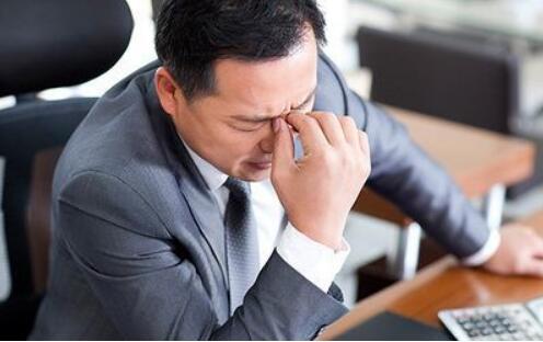 躁狂症如何确诊和治疗?